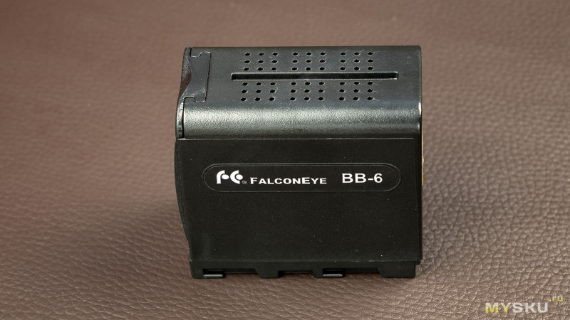 Бокс для 6 элементов AA в формате аккумулятора NP-F970 (FalconEye BB-6)