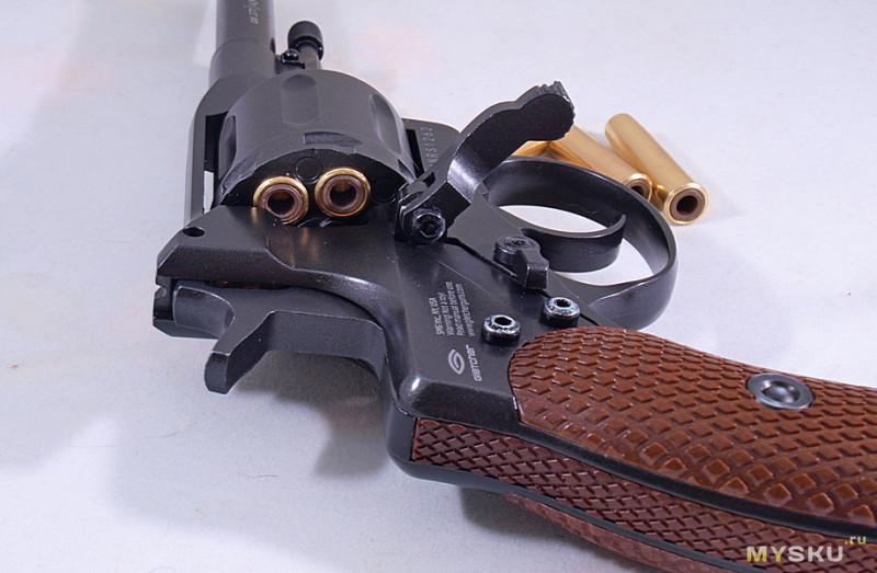 Пнематический револьвер Gletcher NGT R / RF Black, пулевой (Наган)