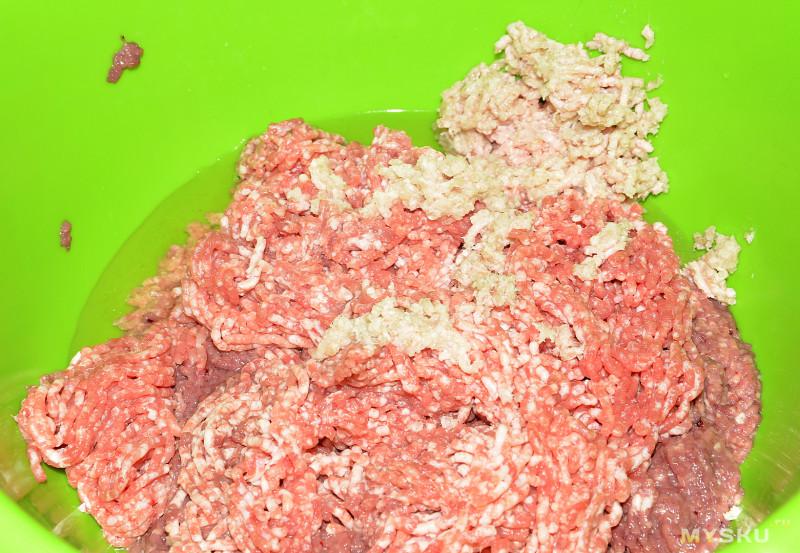 Колбасный шприц на 500 г фарша. Делаем вкусные колбаски из куриных сердечек.