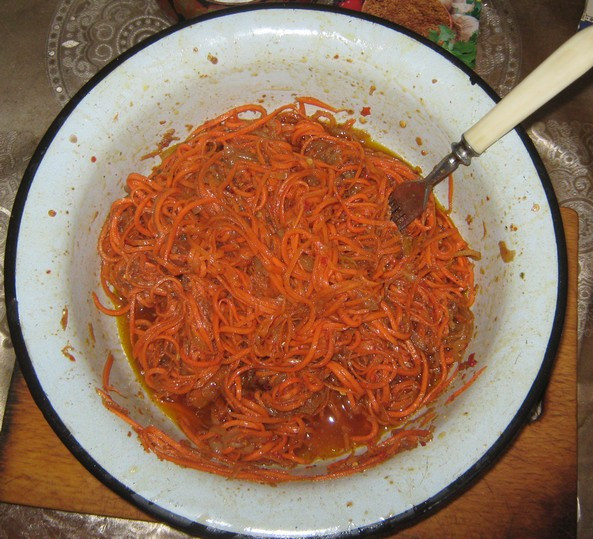 Лучшая терка для чеснока. Готовим морковь по-корейски плюс.