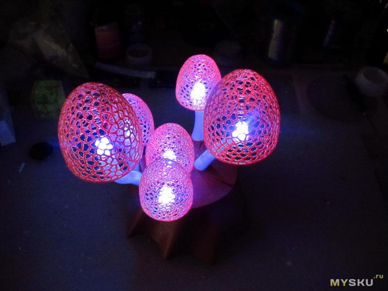 Медленно изменяющие цвет RGB светодиоды и их применение для диайвая ;)