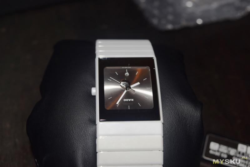 Часы женские наручные фото на руке