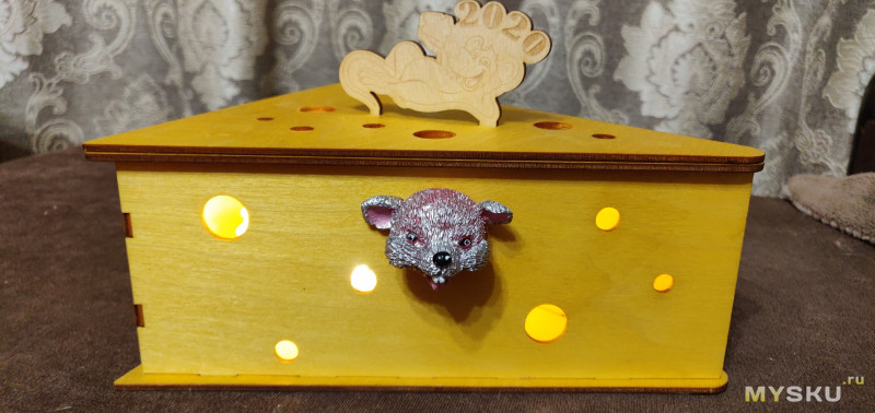 """Новогодний ночник """"Мышь в сыре"""""""