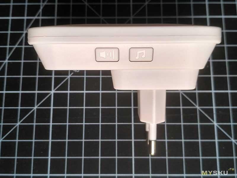 Беспроводной звонок с автономной кнопкой и двумя приемниками.