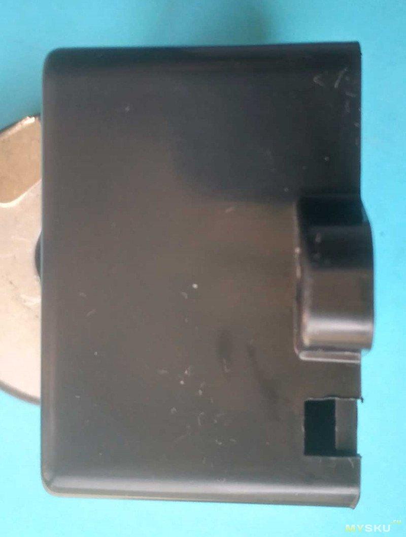 Пластиковый корпус для электронных приборов. Ну очень маленький обзор.
