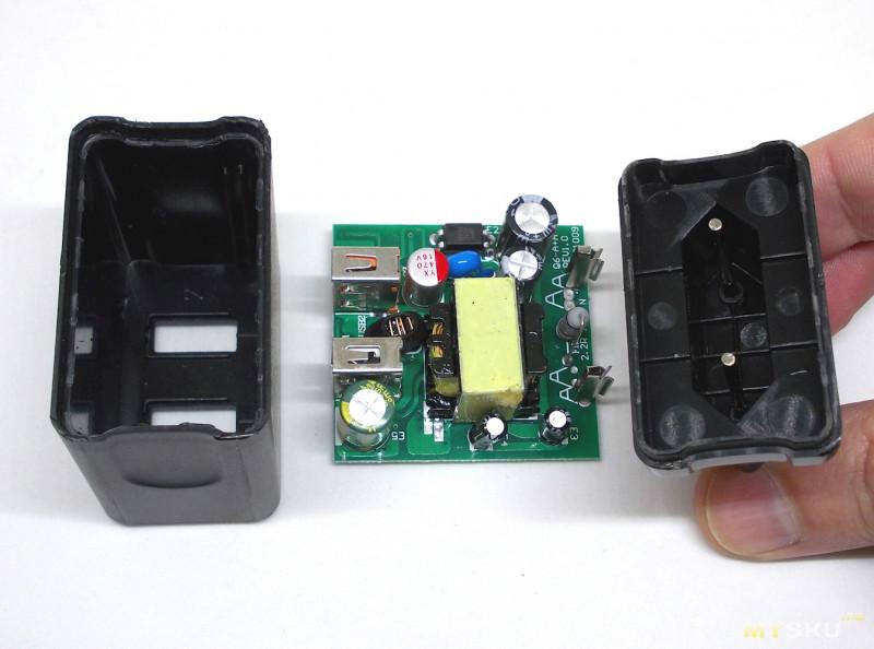Двухпортовое зарядное устройство FIVI FP2644 QC 3.0 + 2.4A. Обзор + вскрытие.