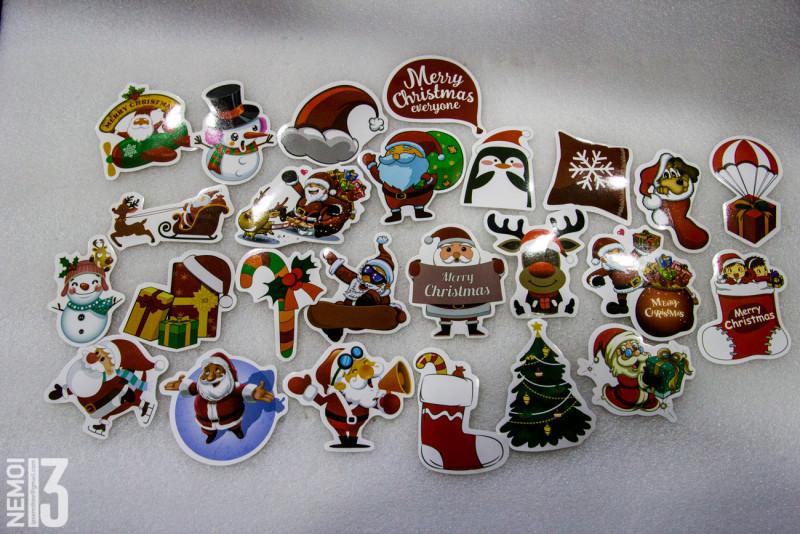 Рождественские стикеры 25 штук купленные за 1.08$ (сейчас немного дороже)