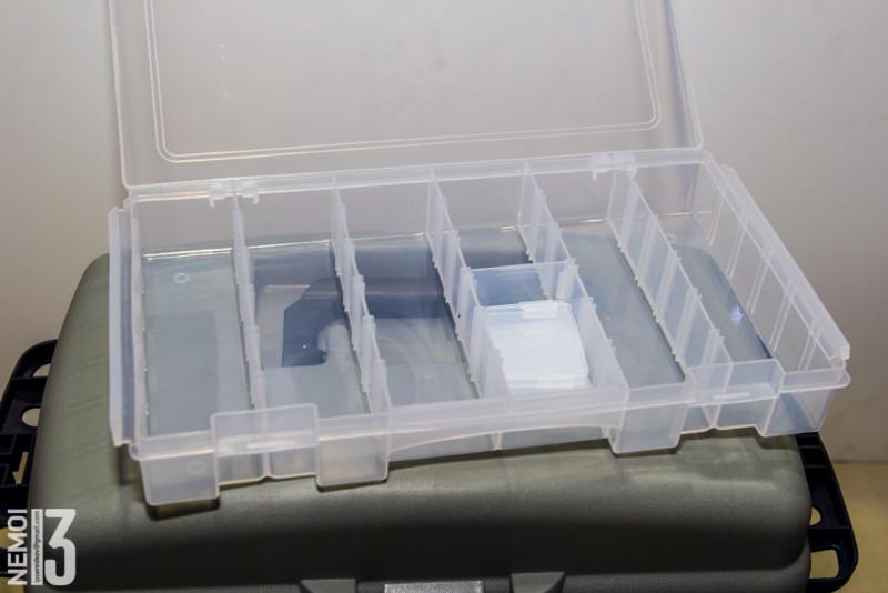 Удобный рыболовный ящик с отсеками. То что надо для летней рыбалки (возможно и для зимней, но это не точно)