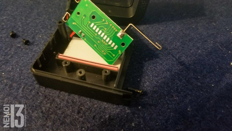 Цифровой тестер Aneng 168Max для проверки уровня напряжения батареек и аккумуляторов