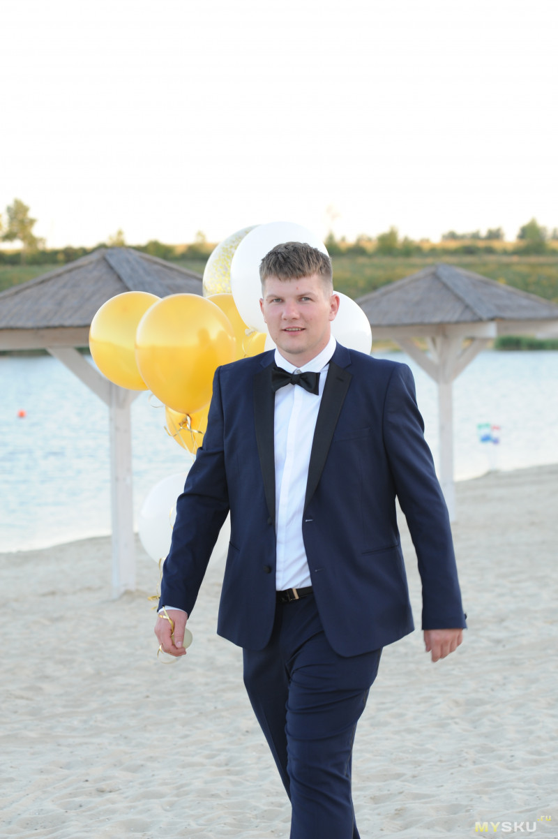 Темно-синий свадебный костюм-смокинг узкого кроя ASOS