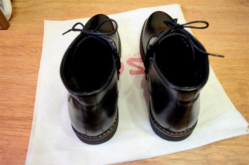 Зимние ботинки из натуральной кожи.