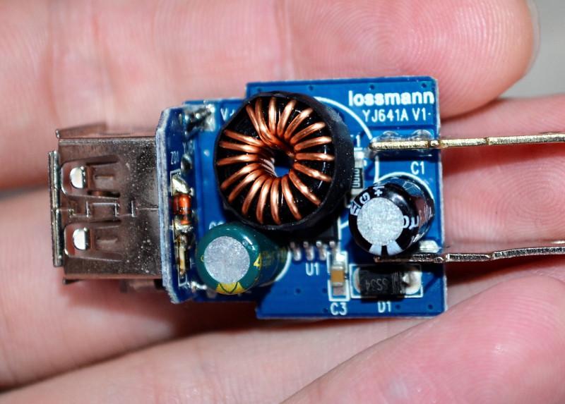 USB зарядка с дополнительным прикуривателем в авто