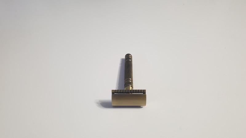 Качественная Т-образная бритва
