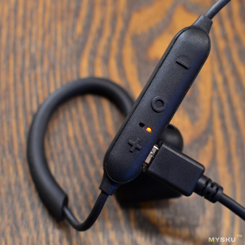 Спортивная Bluetooth-гарнитура EDIFIER W296BT