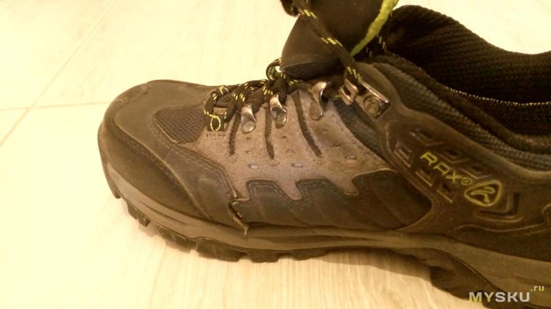 ab548f9df Вот так выглядят RAX после носки в один сезон осень-зима. Один ботинок  потрескался с обеих сторон, второй с одной. Трескаться начались еще до  прихода ...