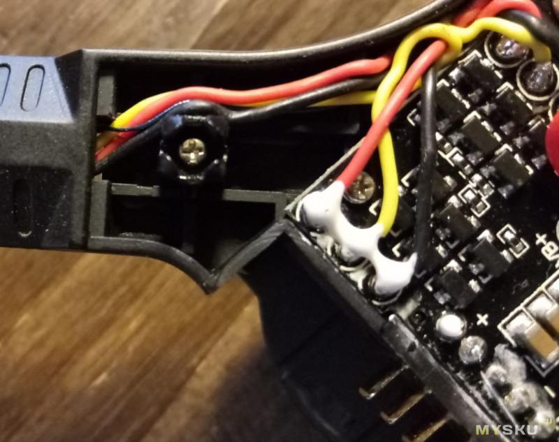 Неплохой квадракоптер MJX B3mini на б/к моторах