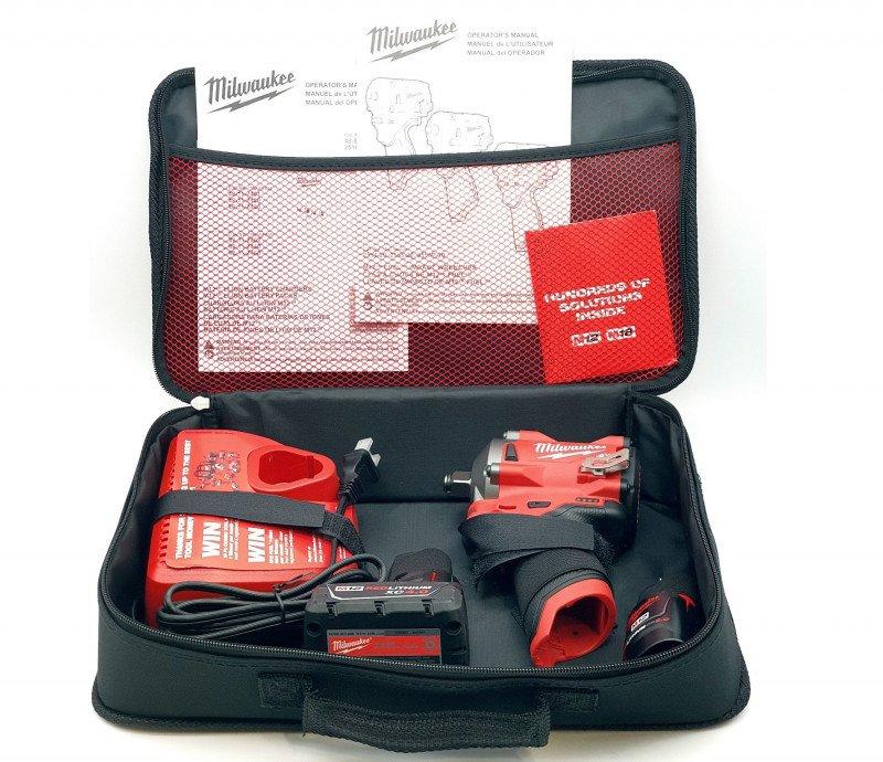 "Компактный аккумуляторный гайковерт Milwaukee 2555-22 M12 Fuel Impact Wrench (1/2"", 340 нм)"