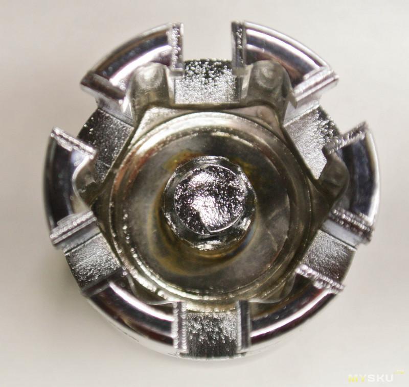 Универсальная торцевая головка Drillpro 10-19mm.
