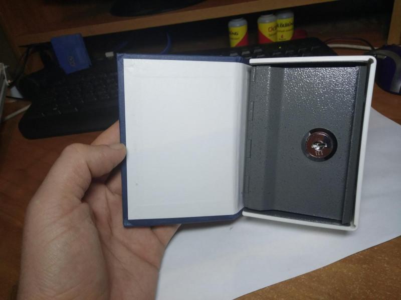 Мини сейф замаскированный под книгу (английский словарь)