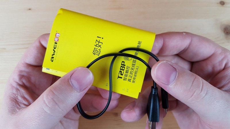 Беспроводные наушники Awei T28P: наушники в стиле ZIPPO