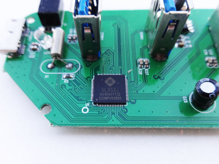 Banggood: Рабочий 4-хпортовый хаб Type C / USB 3.0