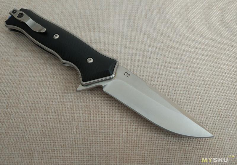Черно-синий флиппер.  Стоит ли покупать ноунейм ножи?
