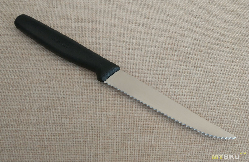 Столовый нож VICTORINOX Мод. STEAK KNIFE SERRATED 5.1233
