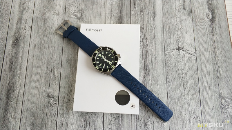 Ставим ремешок для Apple Watch на обычные часы