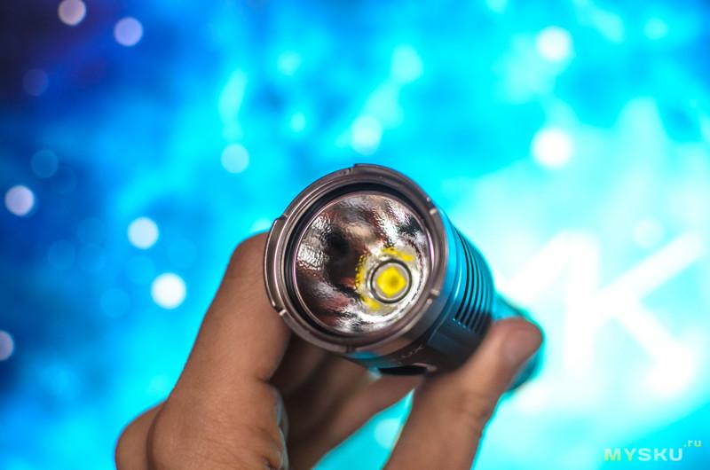 Обзор до жути многорежимного фонаря Astrolux EC01 (на XHP50B-3V, 3500lm, USB, 21700) с примерами фото на местности.