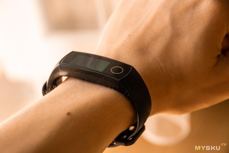 Обзор фитнес браслета Huawei Honor Band 5 (Amoled, пульсометр). Одна неделя из ушедшего лета.