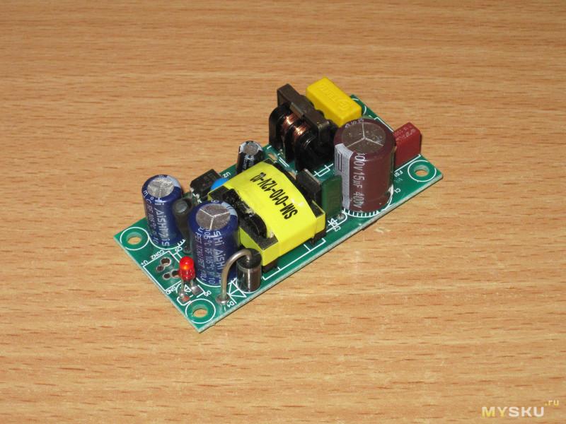 Компактный встраиваемый блок питания PLF12A-12 на 12 Вольт 1 Ампер