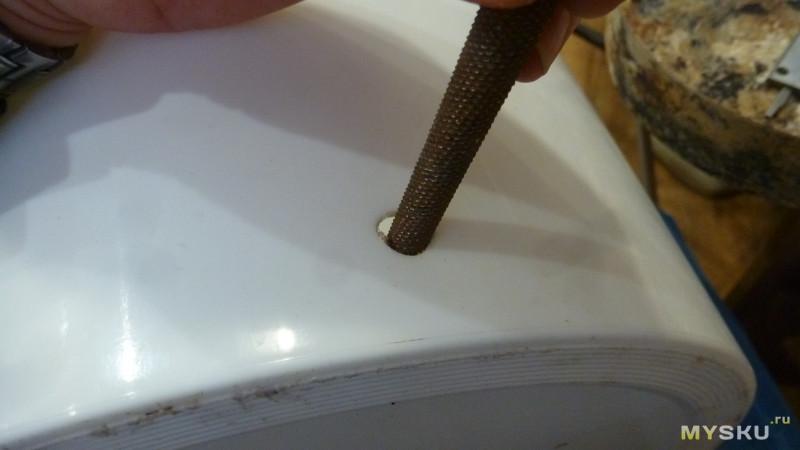 Пластиковый краник и еще кое-что для бродильной емкости