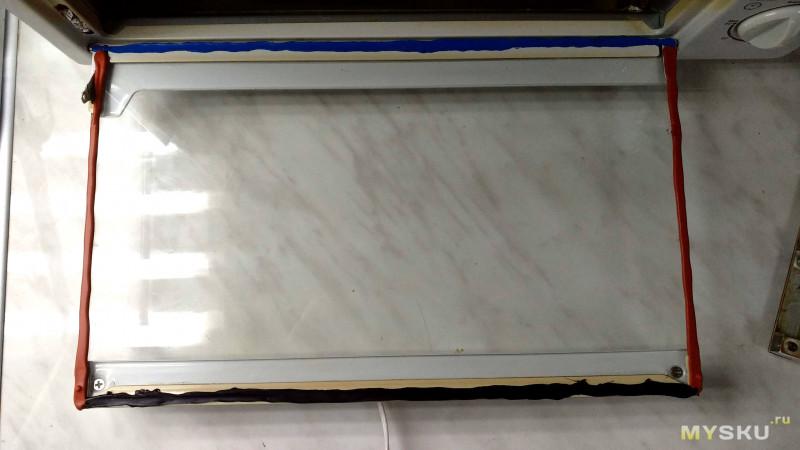 Термостойкий силиконовый герметик и теплоотражающая лента (скотч)
