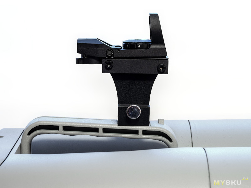 APM Red Dot Finder for APM100ED Bino: искатель для гигантского бинокля или небольшого телескопа