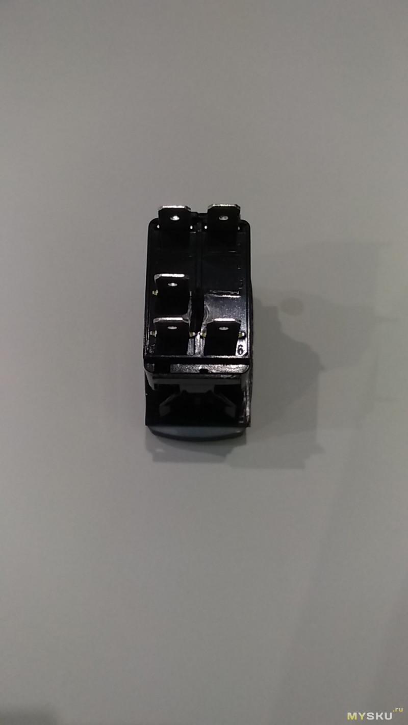 Автомобильный выключатель IP68, DC 12V/20А-24V/10А, 5Pin ON / OFF с подсветкой