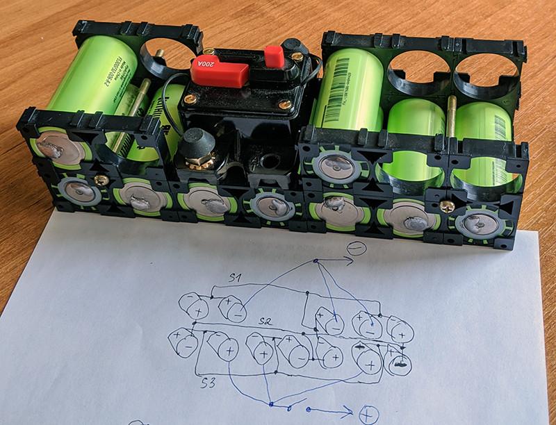Джамп стартер на LiFePO4 – храним в машине, используем при минус 30 – плюс 55 ºC