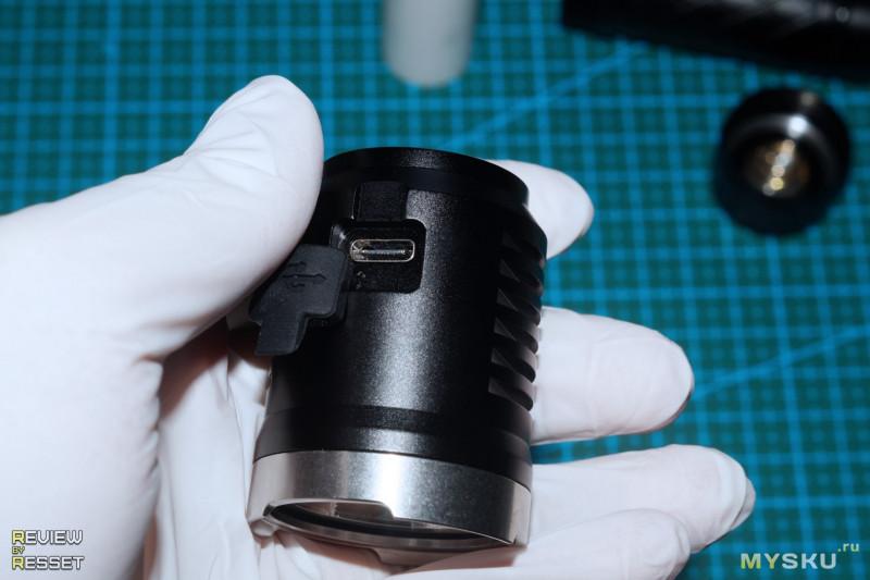 Фонарик Astrolux EC01 на XHP50B-3V