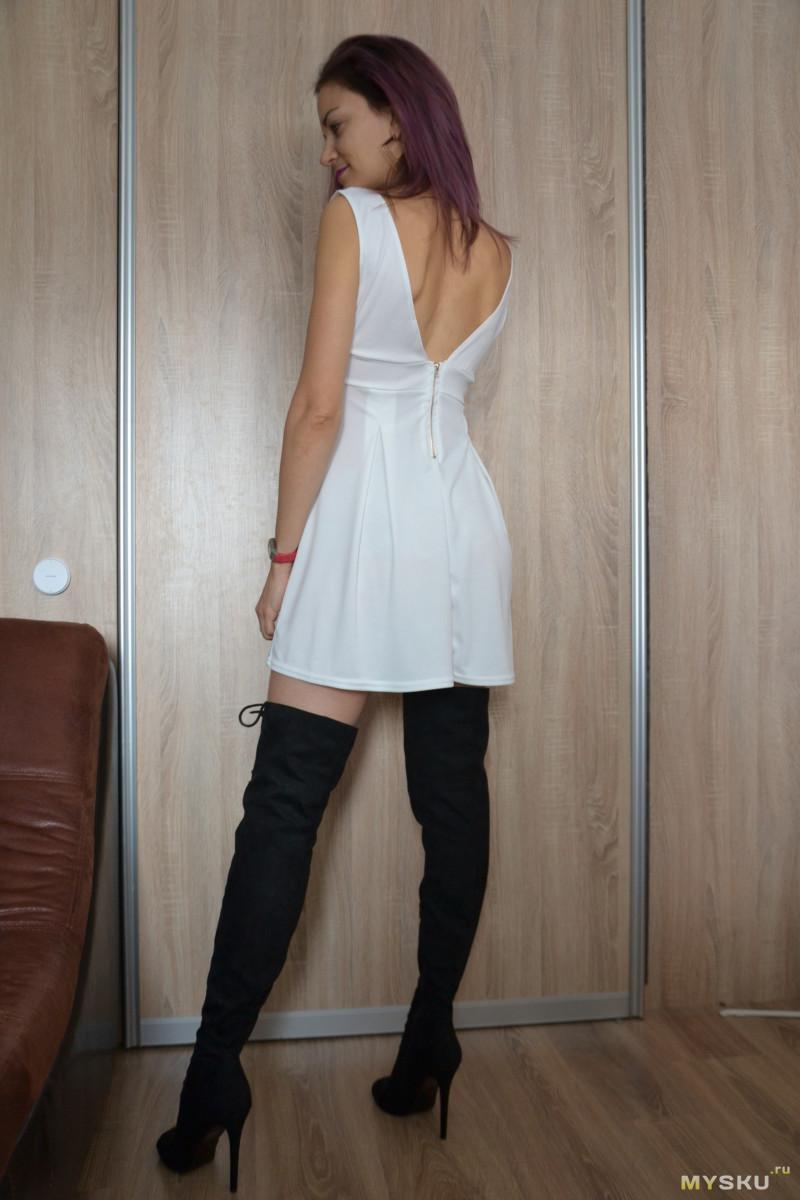 Спб комендантском у девок платье просвечивает большой грудью короткими