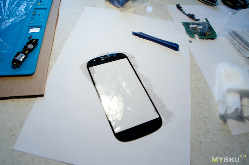 Кит для замены стекла на смартфоне