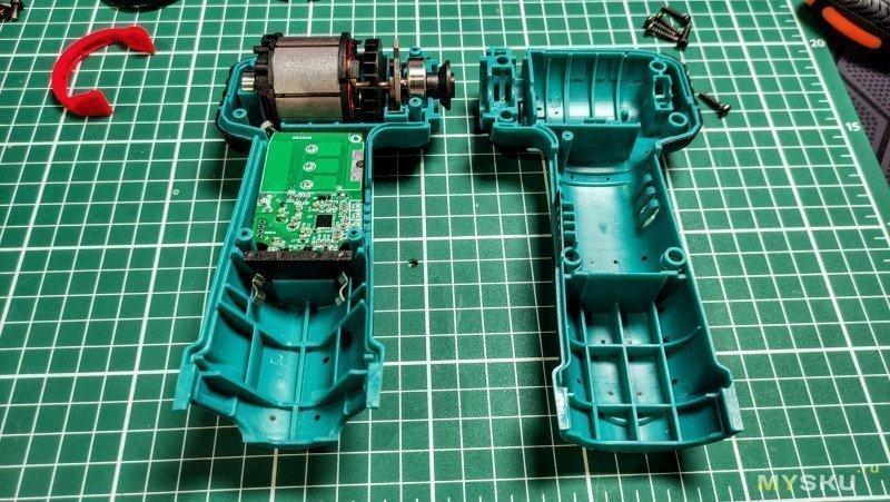 Маленькая аккумуляторная УШМ (болгарочка) под диски/круги 76х10 мм. А также разные диски для неё. (Сбылась мечта идиота)