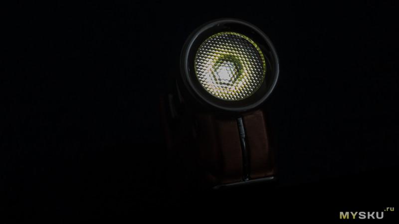 Наключный фонарик Nitecore Tini CU