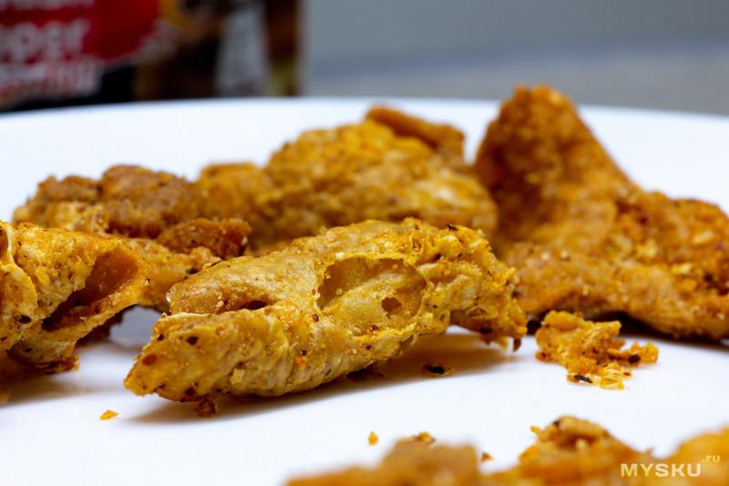 Жареная куриная кожица из Таиланда с сычуаньским перцем