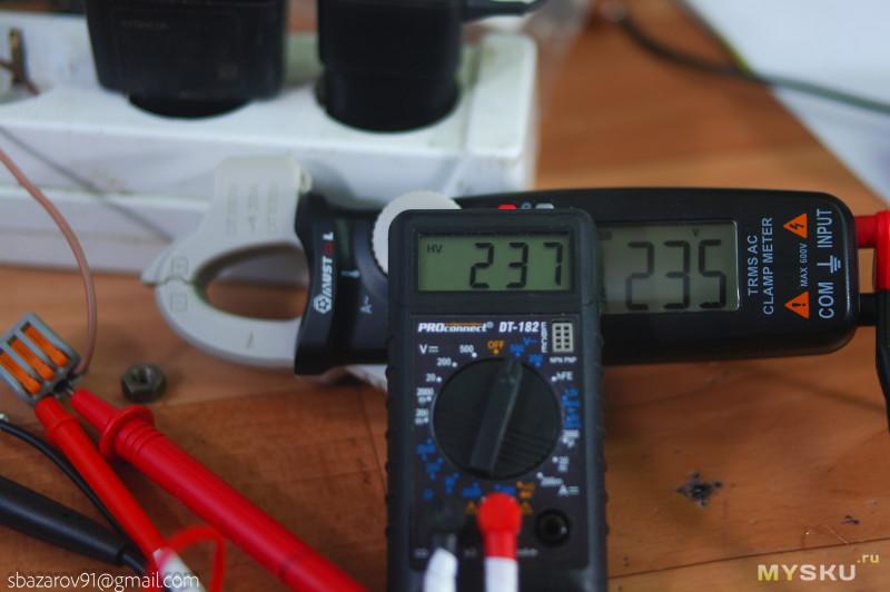 True-RMS мультиметр Mustool MT666 с токовыми клещами
