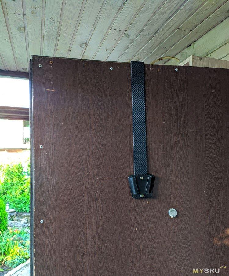 Быстросъемное крепление ТВ на дверь
