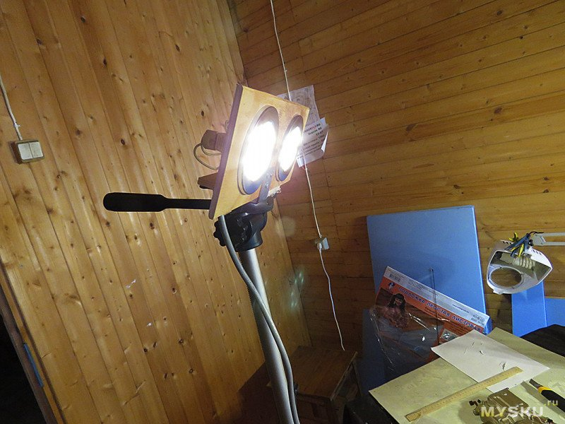 Cамодельные фонари для фотосъемки и рекурсивное селфи