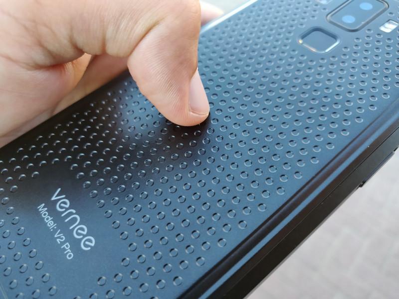 <span>Защищенный смартфон Vernee V2 Pro - IP68, NFC - быть не как все!</span>