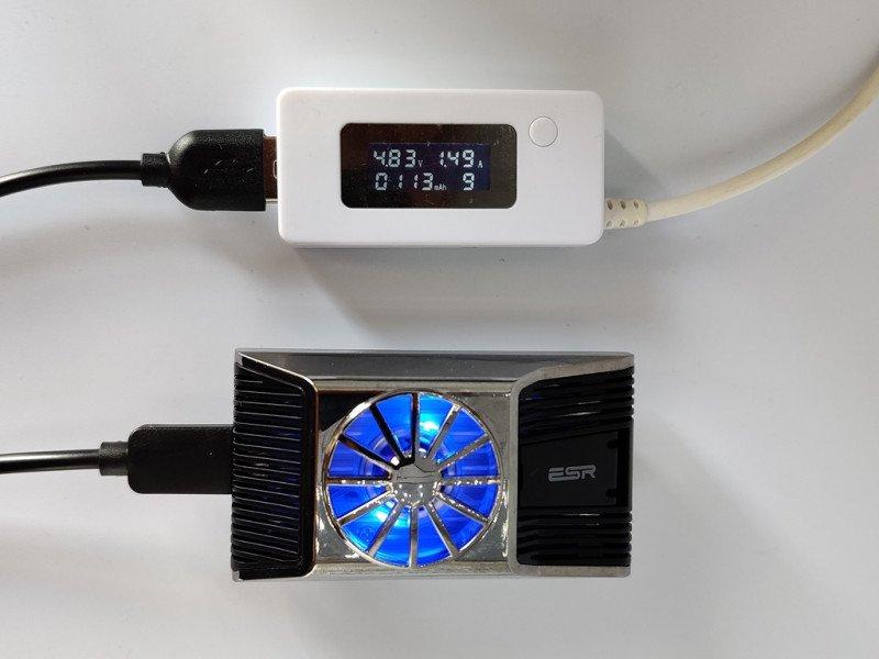 Кулер ESR для охлаждения смартфона