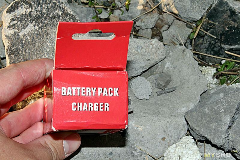 Зарядное для аккумуляторов Sony NP-F и NP-Q. И небольшая подсказка для тех, у кого не вовремя сел аккумулятор, а посветить/поснимать нужно.