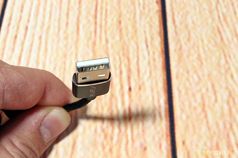 Магнитный кабель RAXFLY с 2-мя магнитными коннекторами на выбор.