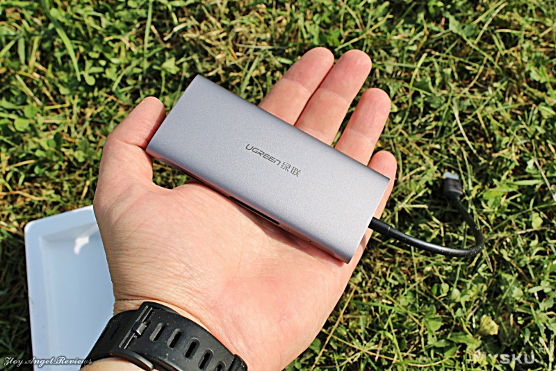 TypeС USB хаб от Ugreen. HDMI, RJ45, картридеры и 3х USB3.0 порта.